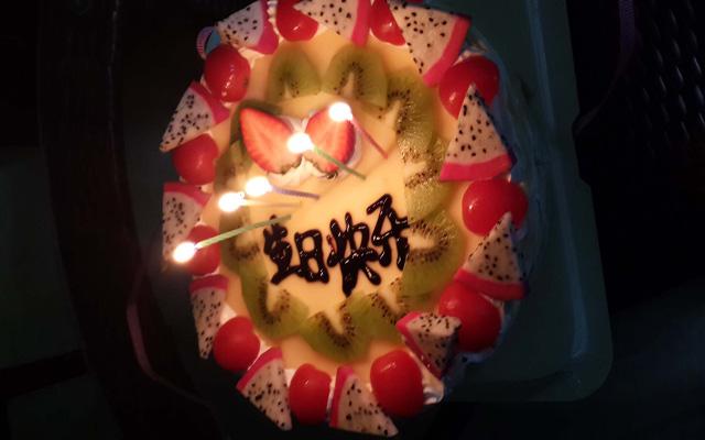 coffee valve celebrate ms.ling birthday