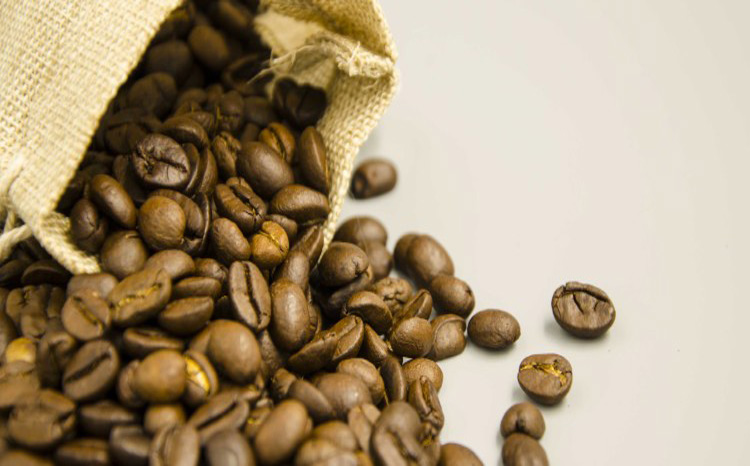 one-way degassing valve said coffee without sugar